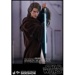 Anakin Skywalker Hot Toys MMS437 1/6 action figure (Star Wars III :  Revenge of the Sith)