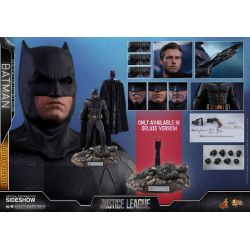 Batman Deluxe Hot Toys MMS456 1/6 action figure (Justice League)