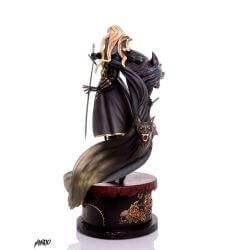 Alucard Mondo statue (Castlevania Symphony of the Night)
