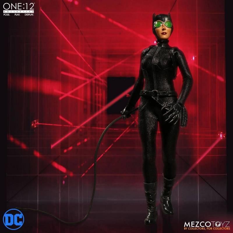Catwoman Mezco One:12 figurine 1/12 (DC Comics)