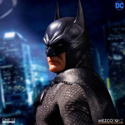 Batman Sovereign Knight Mezco One:12 1/12 action figure (DC Comics)