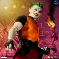 The Joker Clown Prince of Crime Mezco One:12 (DC Comics)