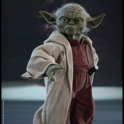 Yoda Hot Toys MMS495 figurine 1/6 (Star Wars II : L'attaque des clones)