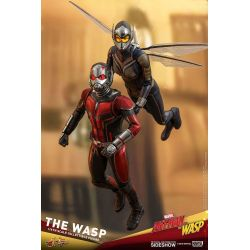 The Wasp Hot Toys MMS498 1/6 action figure (Ant-Man and The Wasp)
