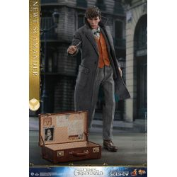 Newt Scamander Hot Toys MMS512 1/6 action figure (Fantastic Beasts 2)