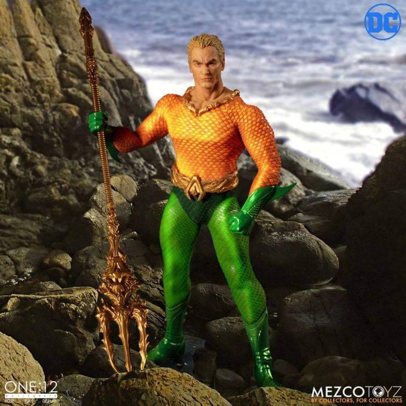 Aquaman Mezco One:12 figurine 1/12 (DC Comics)