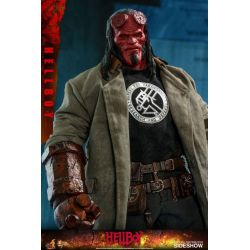 Hellboy Hot Toys MMS527 1/6 action figure (Hellboy)