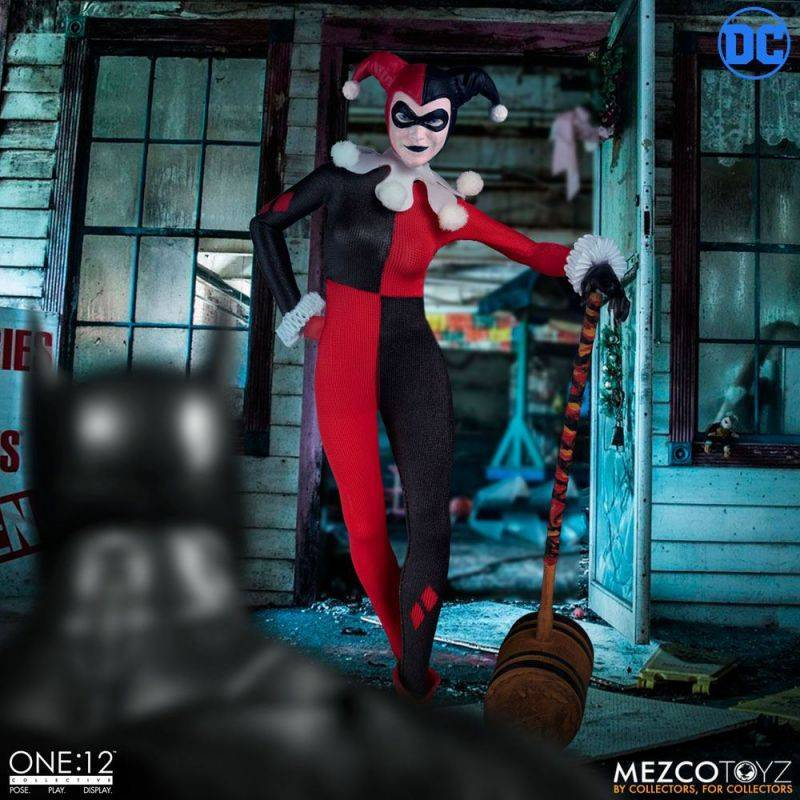 Harley Quinn Deluxe Edition Mezco One:12 (DC Comics)