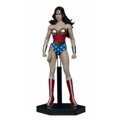 Wonder Woman Sixth Scale Sideshow Collectibles (DC Comics)