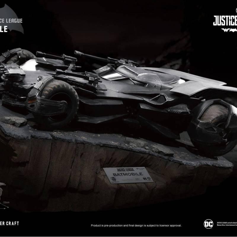 Batmobile Master Craft Beast Kingdom (Justice League)