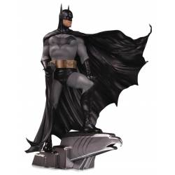 Batman DC Designer Series DC Collectibles Deluxe Alex Ross figure (Batman)