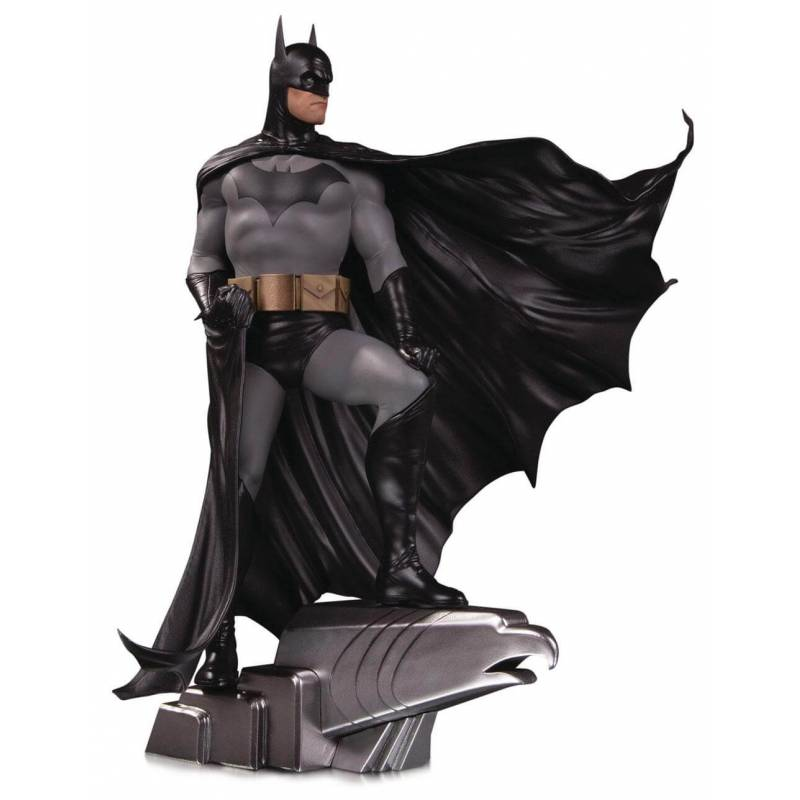 Batman DC Designer Series DC Collectibles Deluxe Alex Ross figure (Batman)