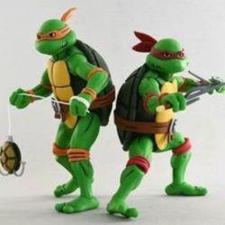 Michelangelo et Raphael Neca (Tortues Ninja)
