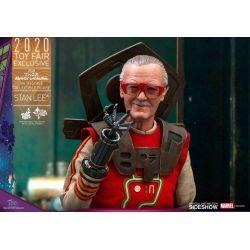 Stan Lee Hot Toys MMS570 (Thor Ragnarok)