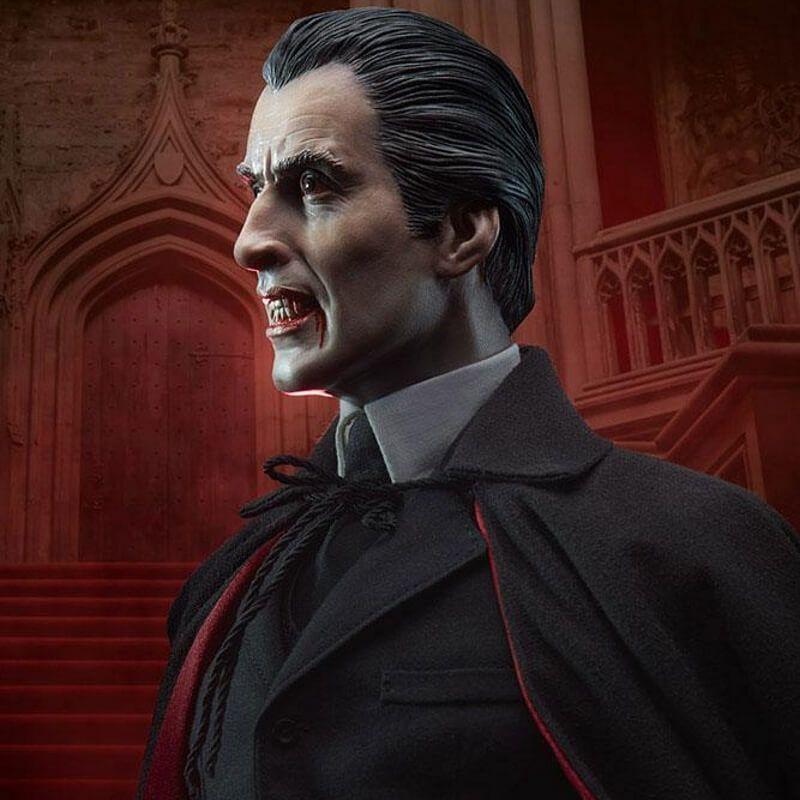 Dracula (Christoper Lee) Sideshow Premium Format statue (Dracula)