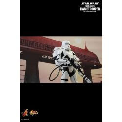 First Order Flametrooper Hot Toys MMS326 (Star Wars VII : The Force Awakens)